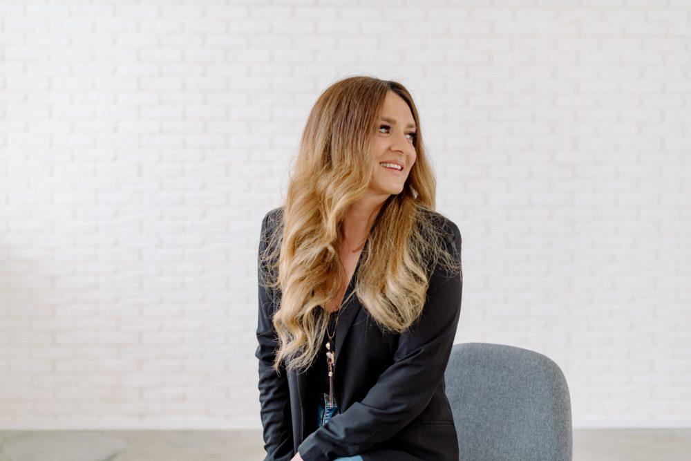 Mini Brand Fotoshoot München Starter set Business Fotos Denize Hairdesign Ottobrunn